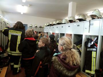 Grundschule Scheeßel - Besuch bei der Feuerwehr